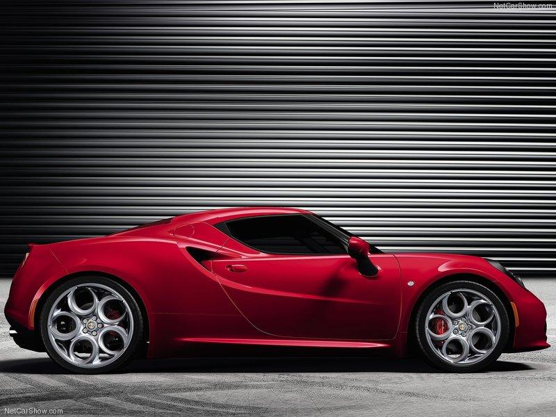 Alfa-Romeo-4C