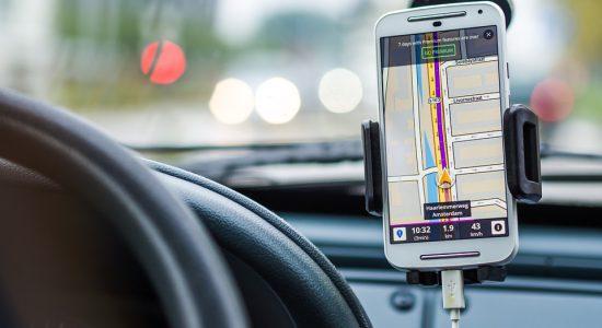 Les outils d'aide à la conduite facilitent le déplacement en voiture